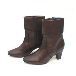 Ladies Stylish Ankle Boot