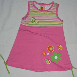 Baby Girls Frocks http://www.daisyapparel.com/childrens-wear.html