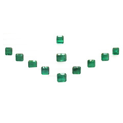 Octagonal Shape Emerald Layouts
