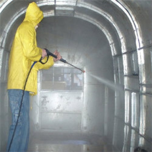 Mechanized  Water Tank Cleaning