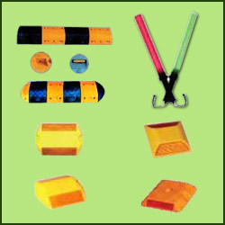 METRO Speed Breaker, Speed Bumps Studs & Safety Batons
